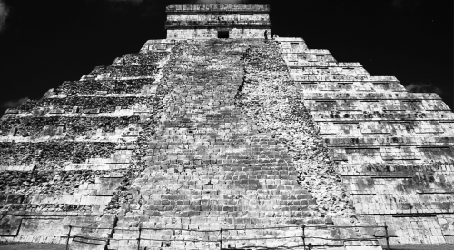 Pyramid at Chichen Itza, 1999